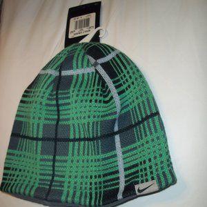 new Nike Golf reversible beanie hat